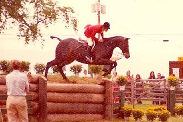 Bernie Traurig, Gozzi, Hunter horse, bank jump