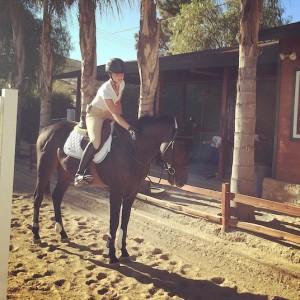 annah douthrat, girl, horse