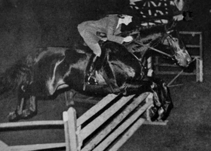 Betty Oare and Thoroughbred Navy Commander at the Royal Winter Fair 1962