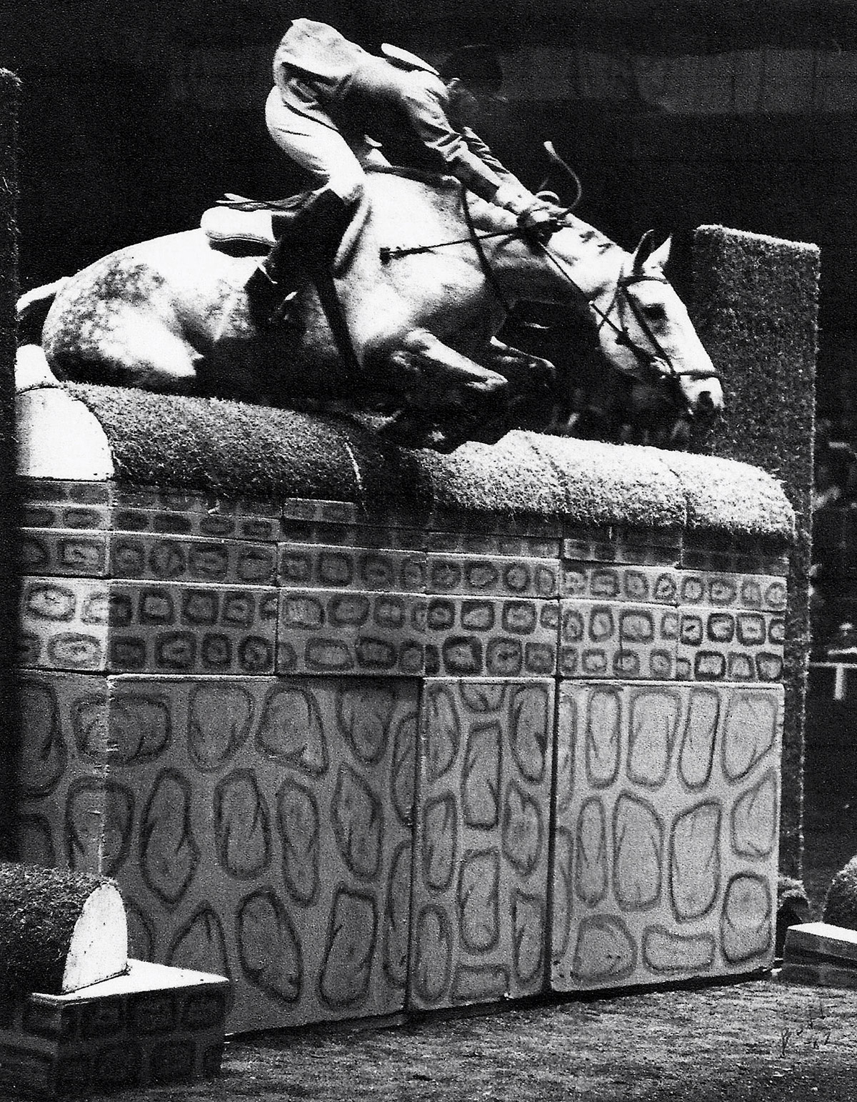 Bill Steinkraus riding Bold Minstrel in the International Puissance at the National Horse Show in 1967.