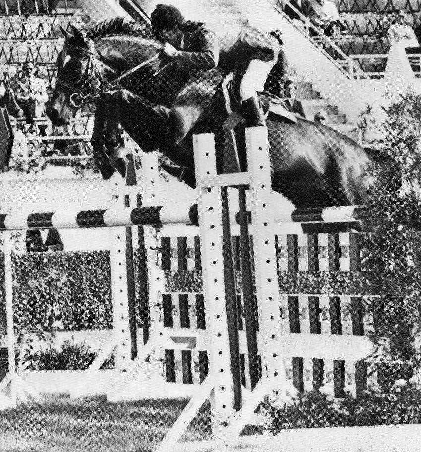 Balalaika - Dennis Murphy at LaBaule 1974 USET